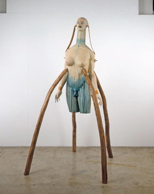姚谦在讲座中分享的雕塑艺术品