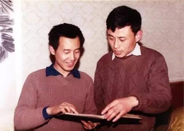 1981年春,华人德与白谦慎摄于北京友谊宾馆一美国专家公寓