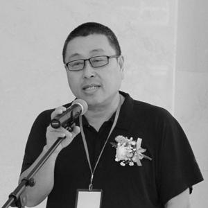 杨小彦(方) 缩图