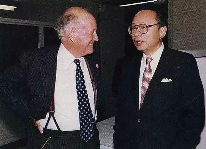 道格拉斯·狄龙和方闻,20世纪80年代。大都会艺术博物馆亚洲艺术部藏部门资料 2