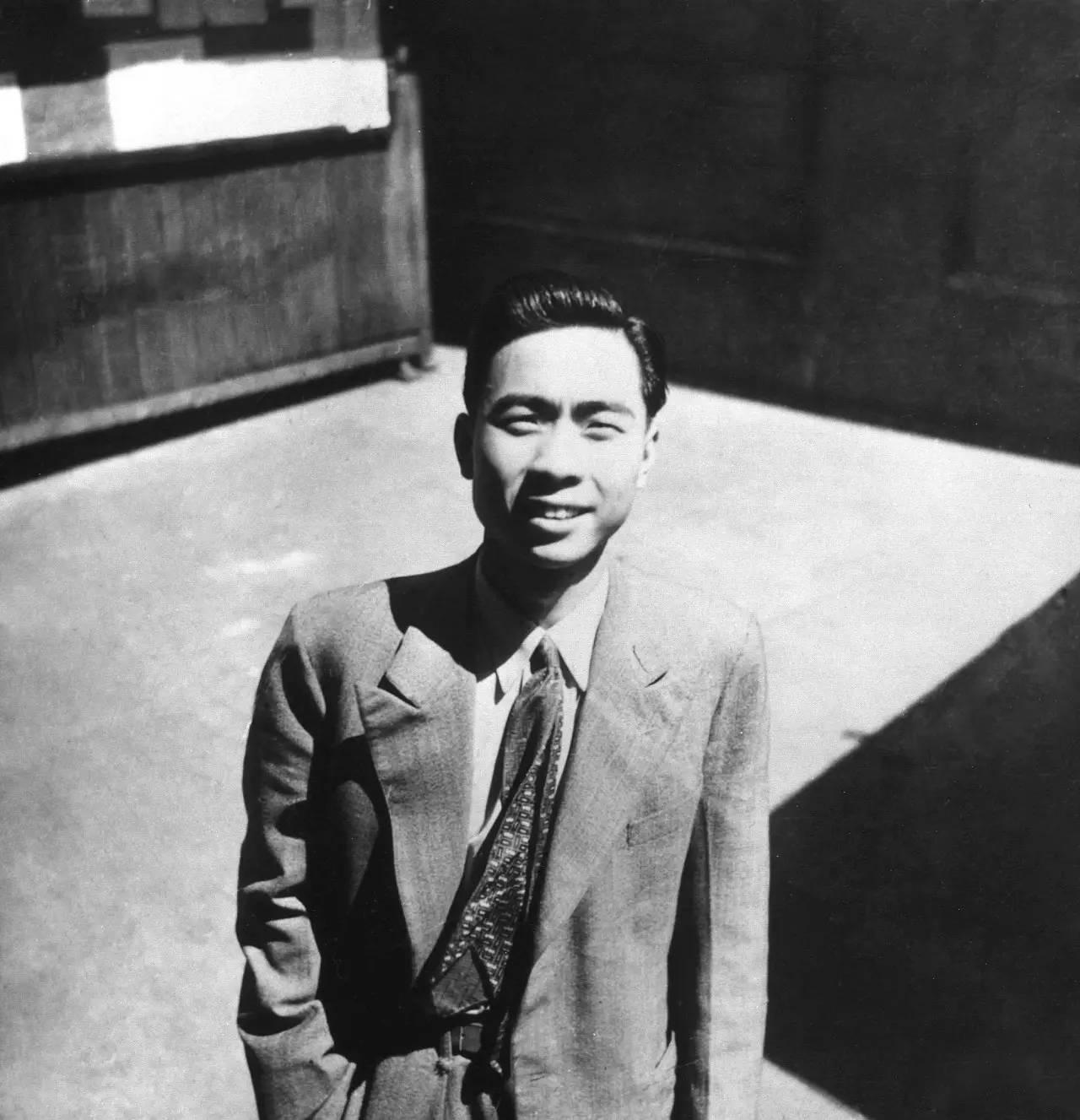 1946或1947年,汪曾祺在上海