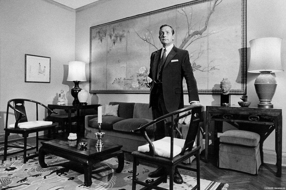 安思远2 安思远在纽约寓所,1980年 安思远 (Robert Hatfield Ellsworth,1929-2014)