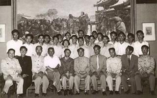 """马克西莫夫和他的""""油训班"""":半个世纪前中国油画发展的奠基"""