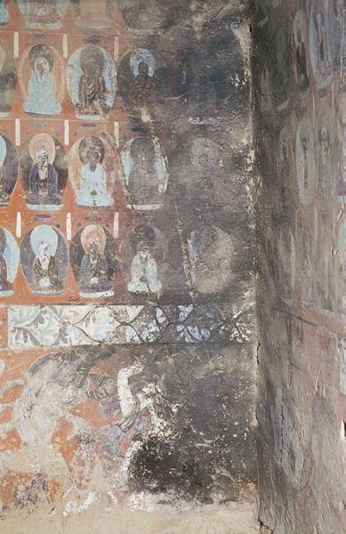 被沙俄匪徒烟熏的壁画。来源于吴琦松博客的博客