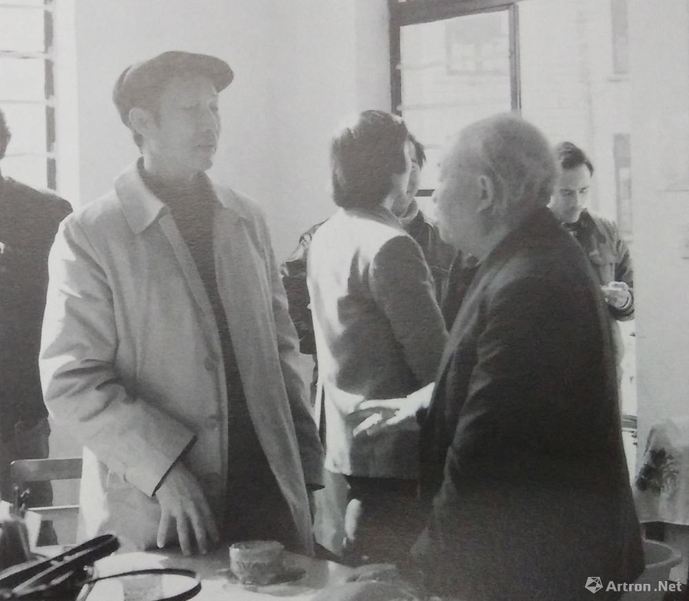 胡一川先生在厦门大学艺术学院合影,1985年